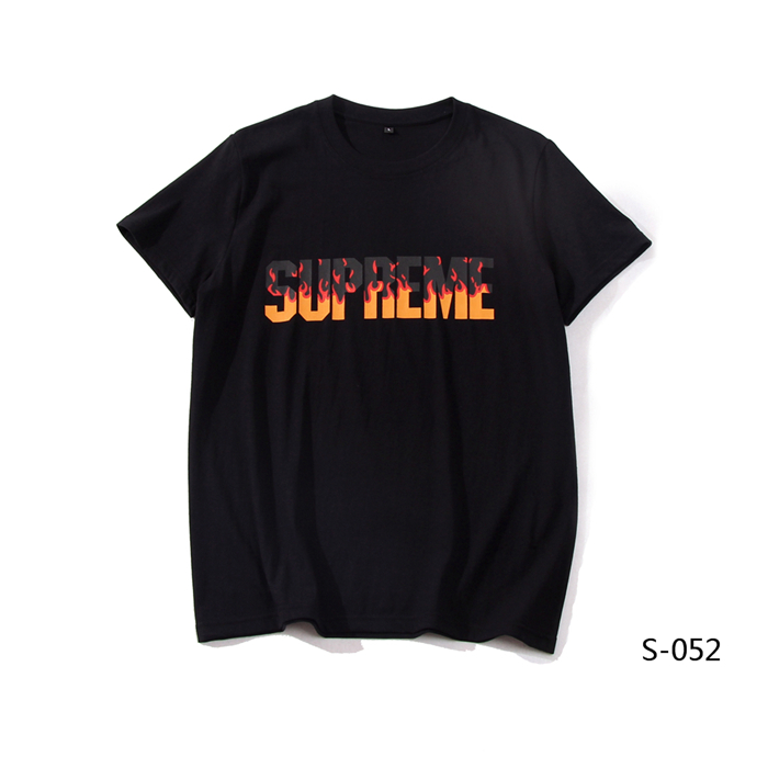Supreme Men's T-shirts 45