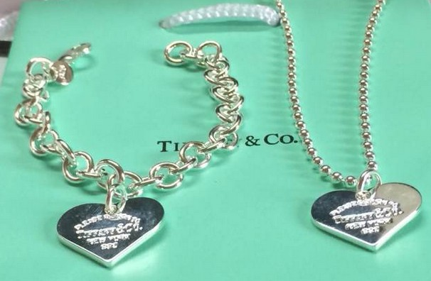 Tiffany&Co Sets 103