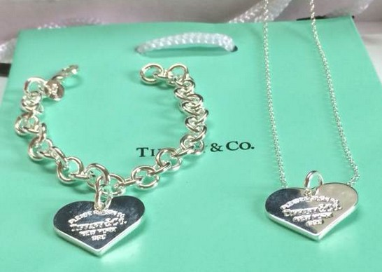 Tiffany&Co Sets 105