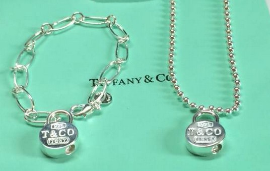 Tiffany&Co Sets 108