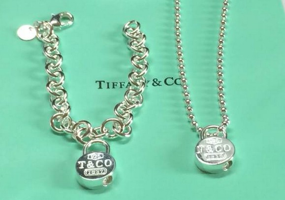 Tiffany&Co Sets 93