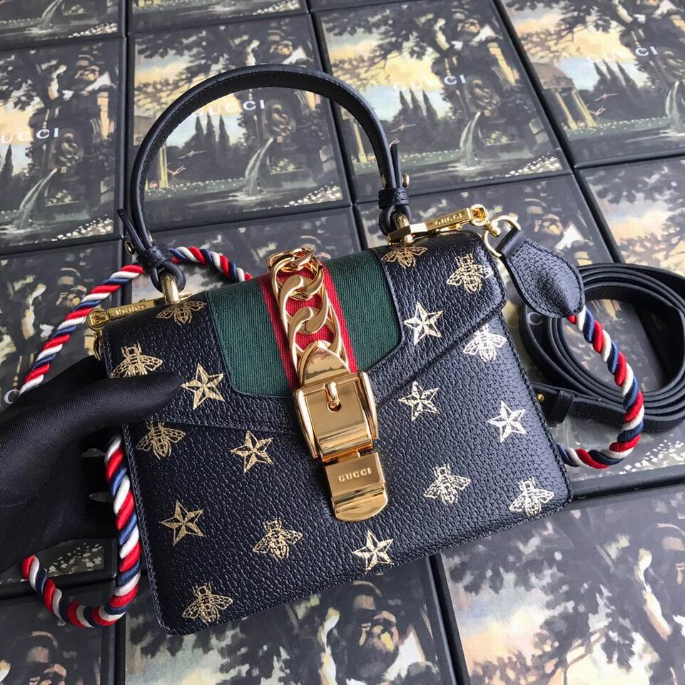 Gucci Handbags 2660