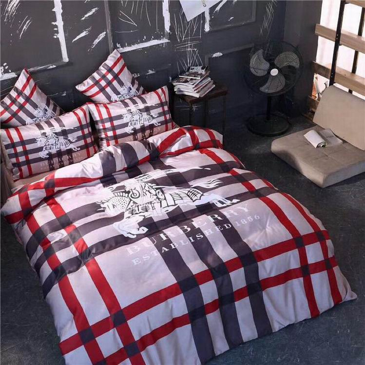 Burberry Bedding Sets 1