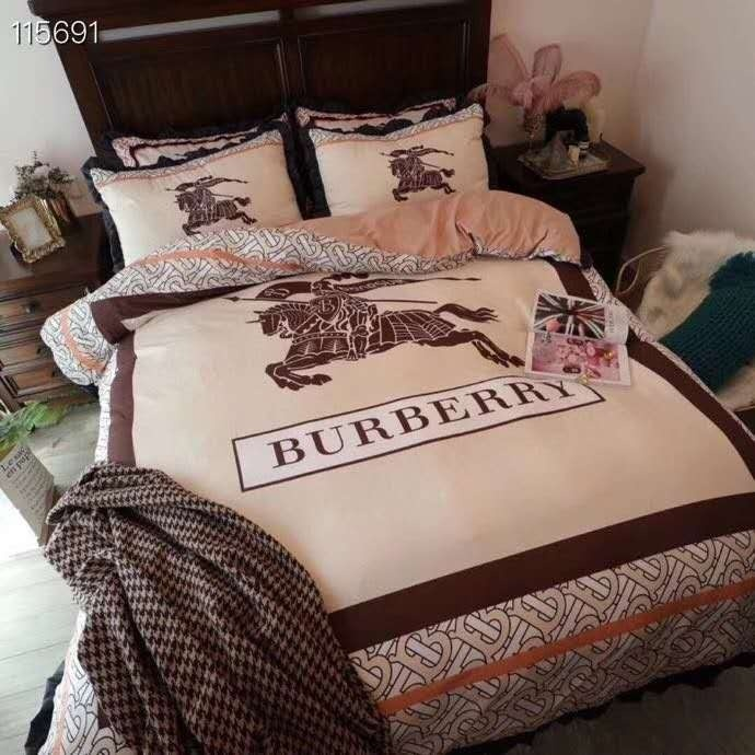 Burberry Bedding Sets 17