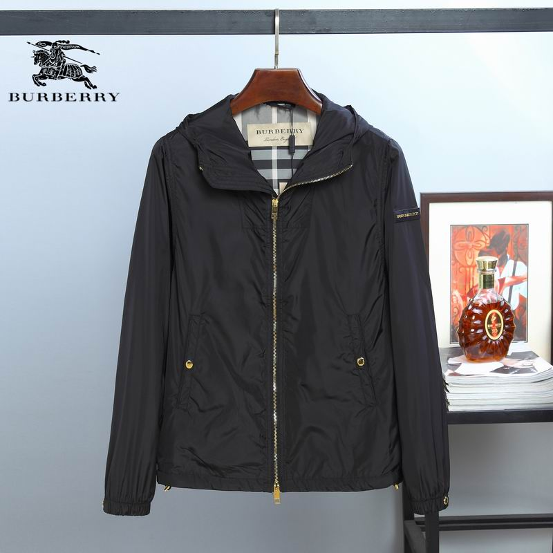 Burberry Men's Outwear 38