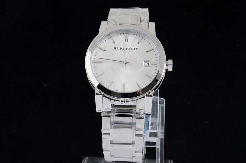 Burberry Watch 186