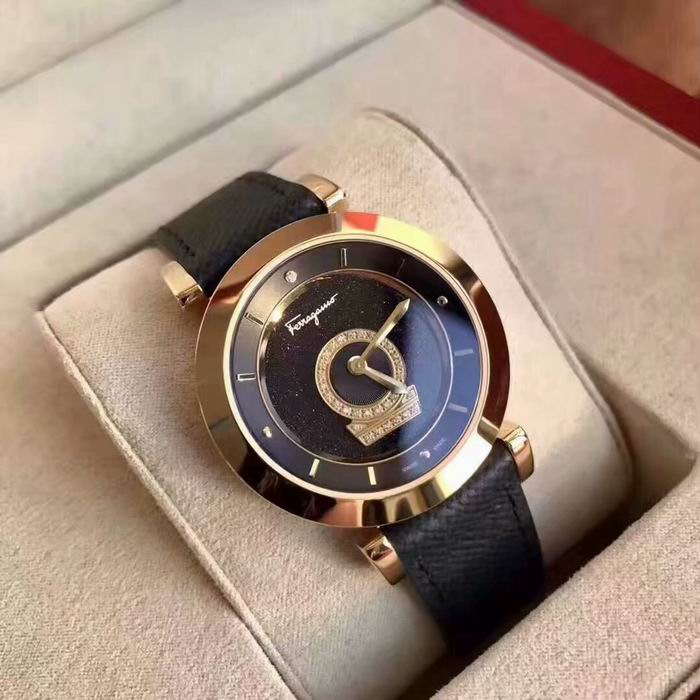 Salvatore Ferragamo Watch 124