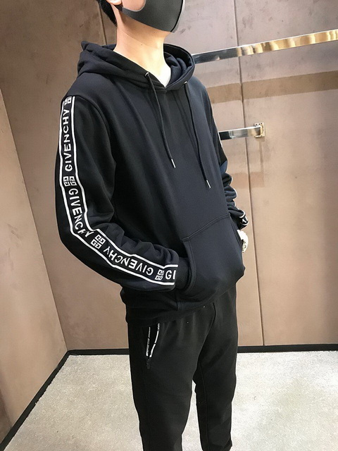 GIVENCHY Men's Hoodies 24