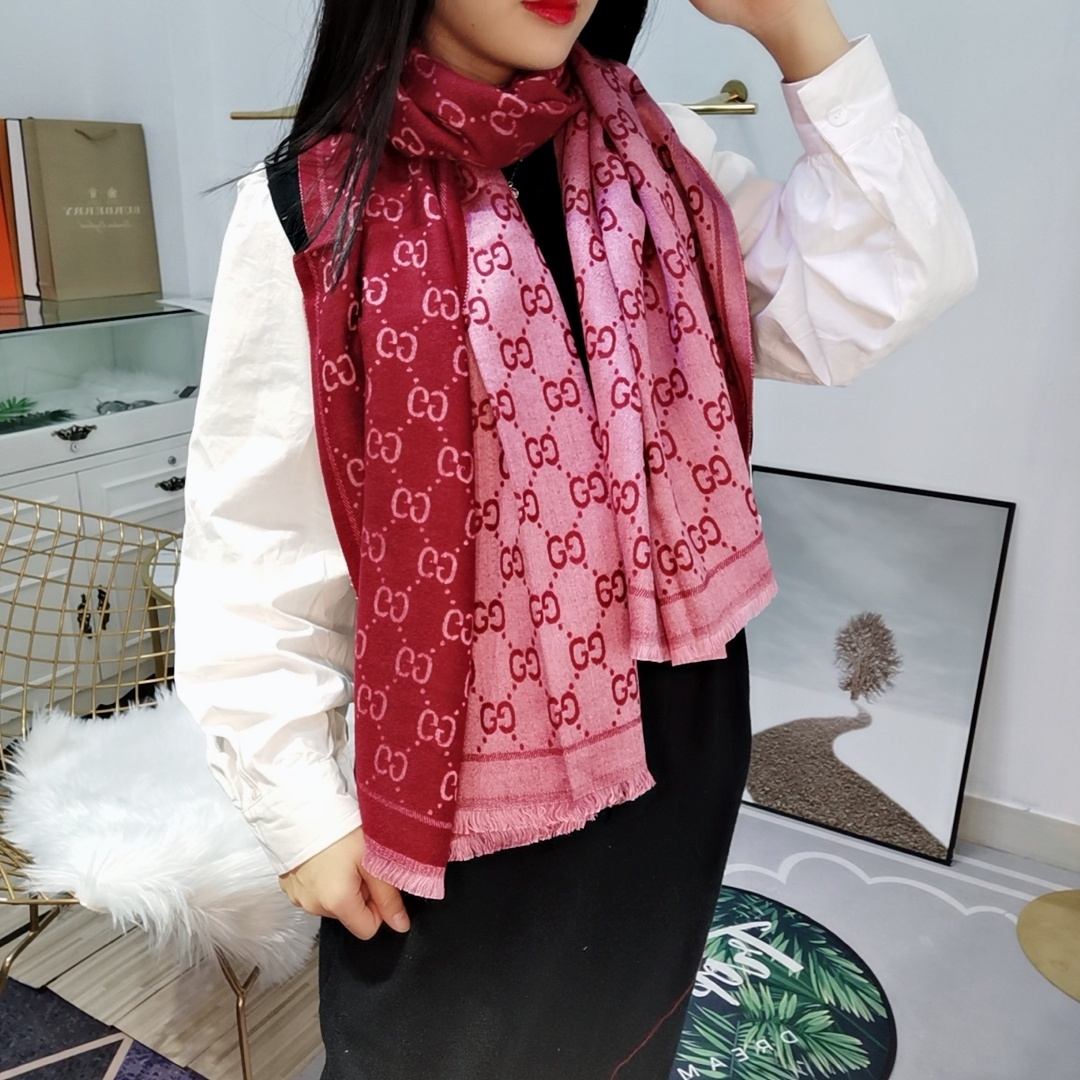 Gucci Scarves 1258