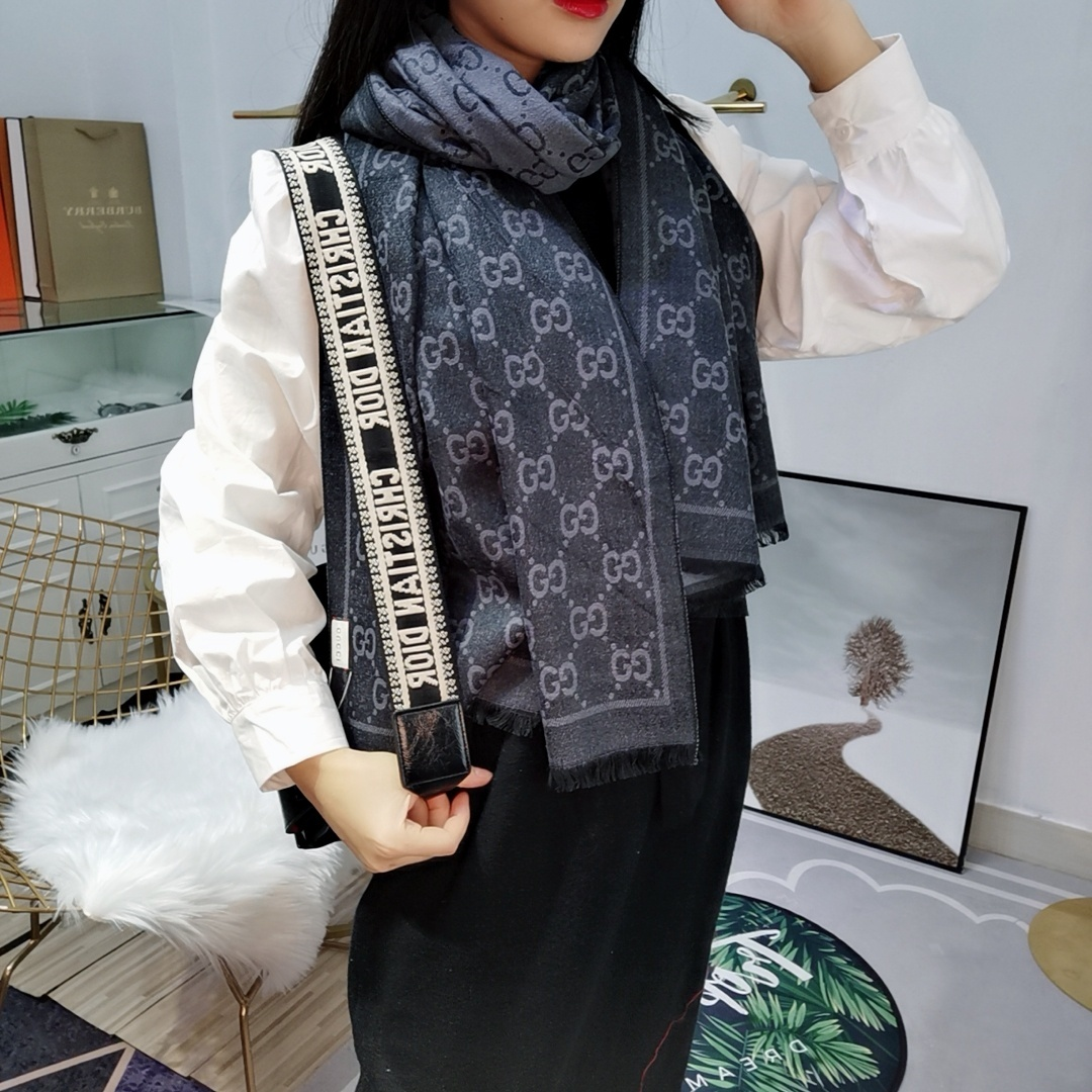 Gucci Scarves 1259