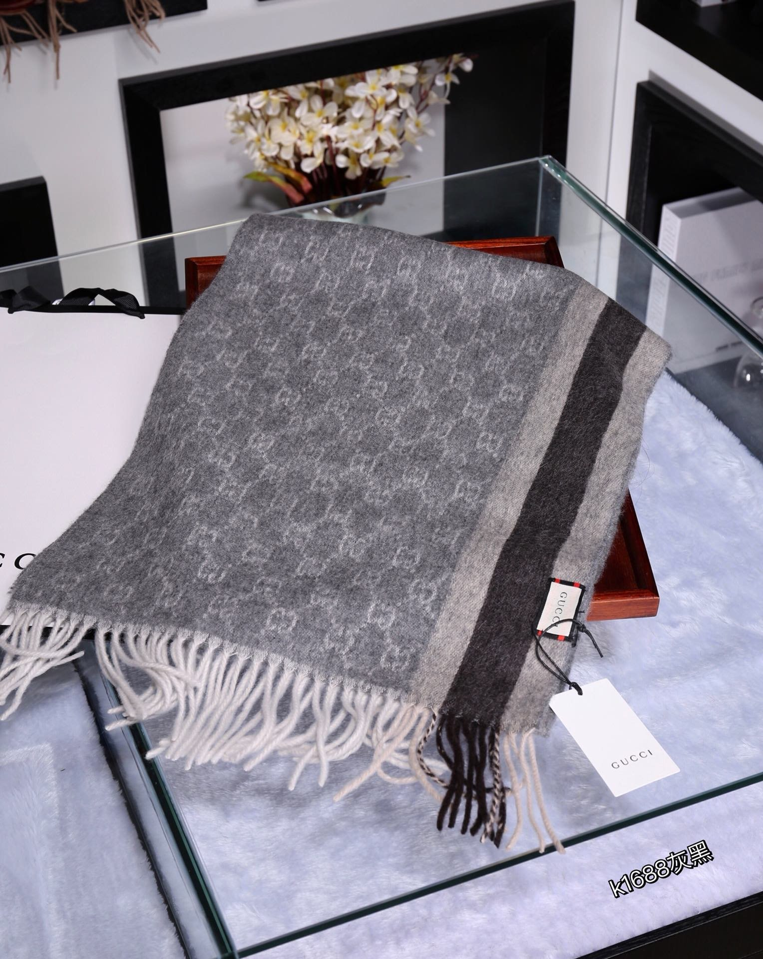 Gucci Scarves 1275