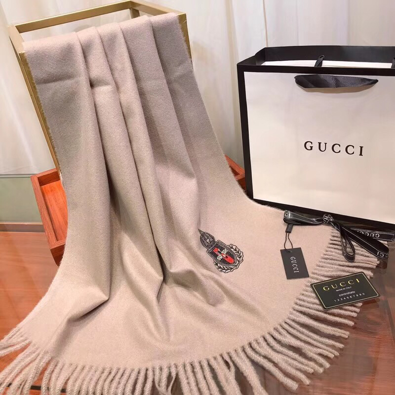 Gucci Scarves 1357