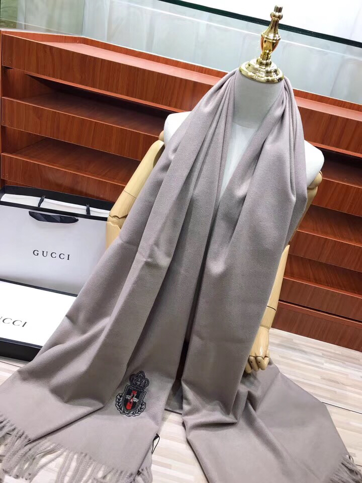 Gucci Scarves 1358