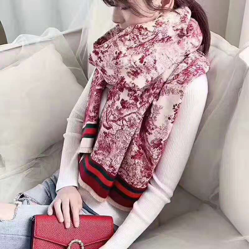 Gucci Scarves 1420