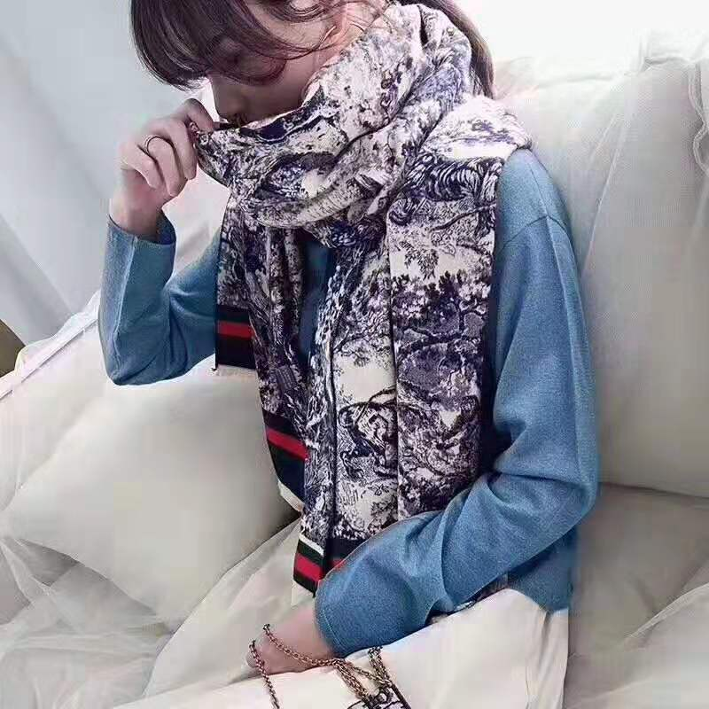 Gucci Scarves 1422