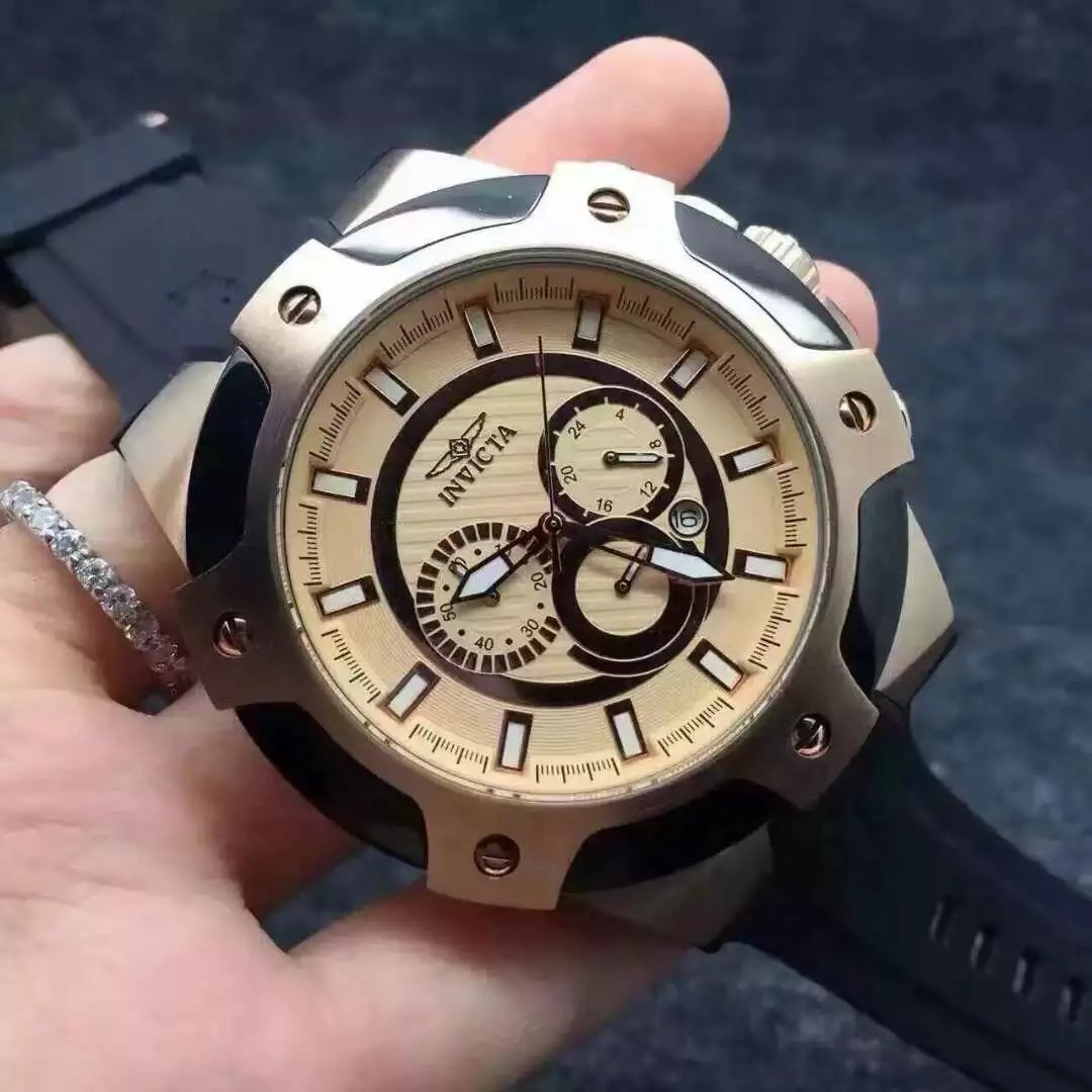 INVICTA Watch 33