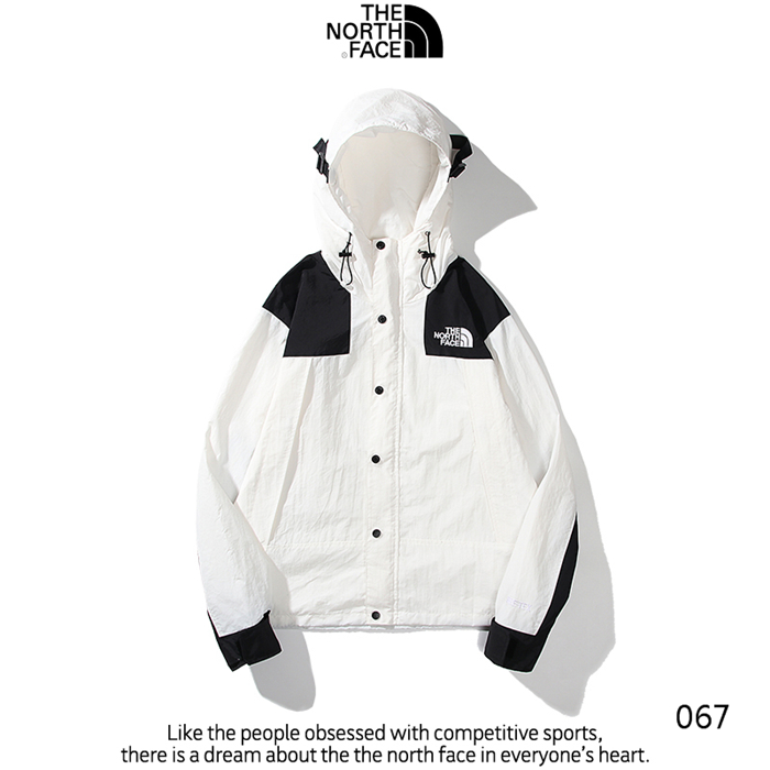 The North Face Men's Outwear 258