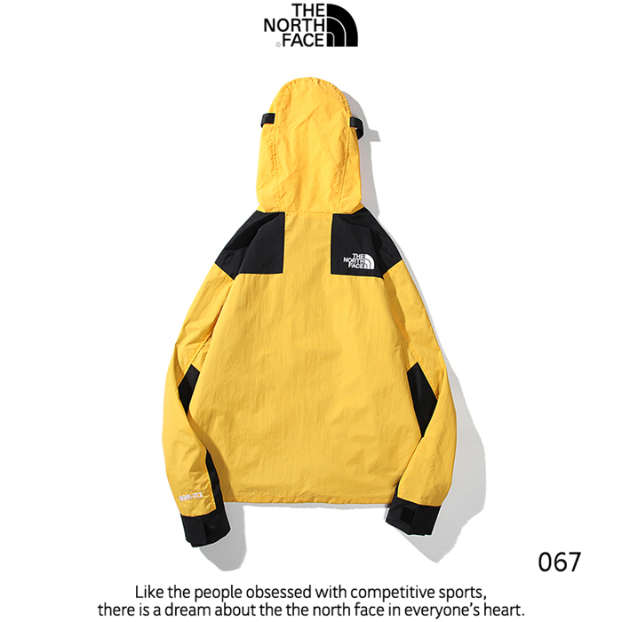 The North Face Men's Outwear 272