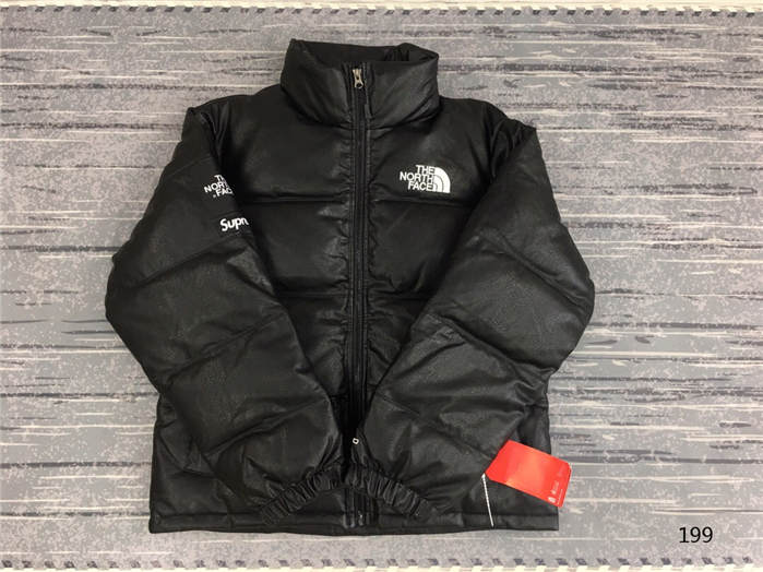 The North Face Men's Outwear 342