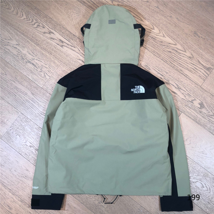 The North Face Men's Outwear 356