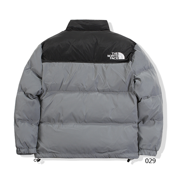 The North Face Men's Outwear 439