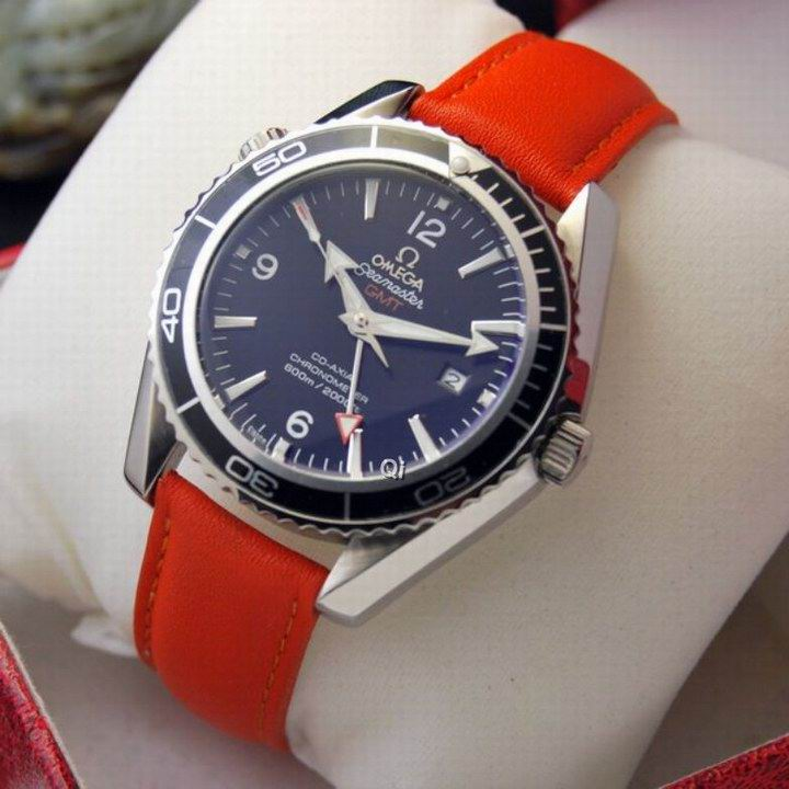 OMEGA Watch 550