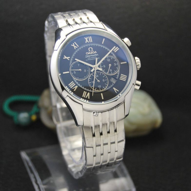 OMEGA Watch 699