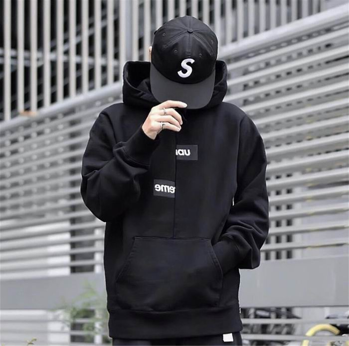 Supreme Men's Hoodies 53