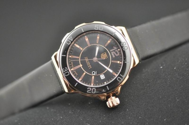 TAG Heuer Watch 553