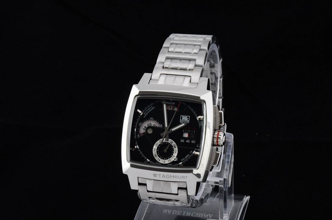 TAG Heuer Watch 696