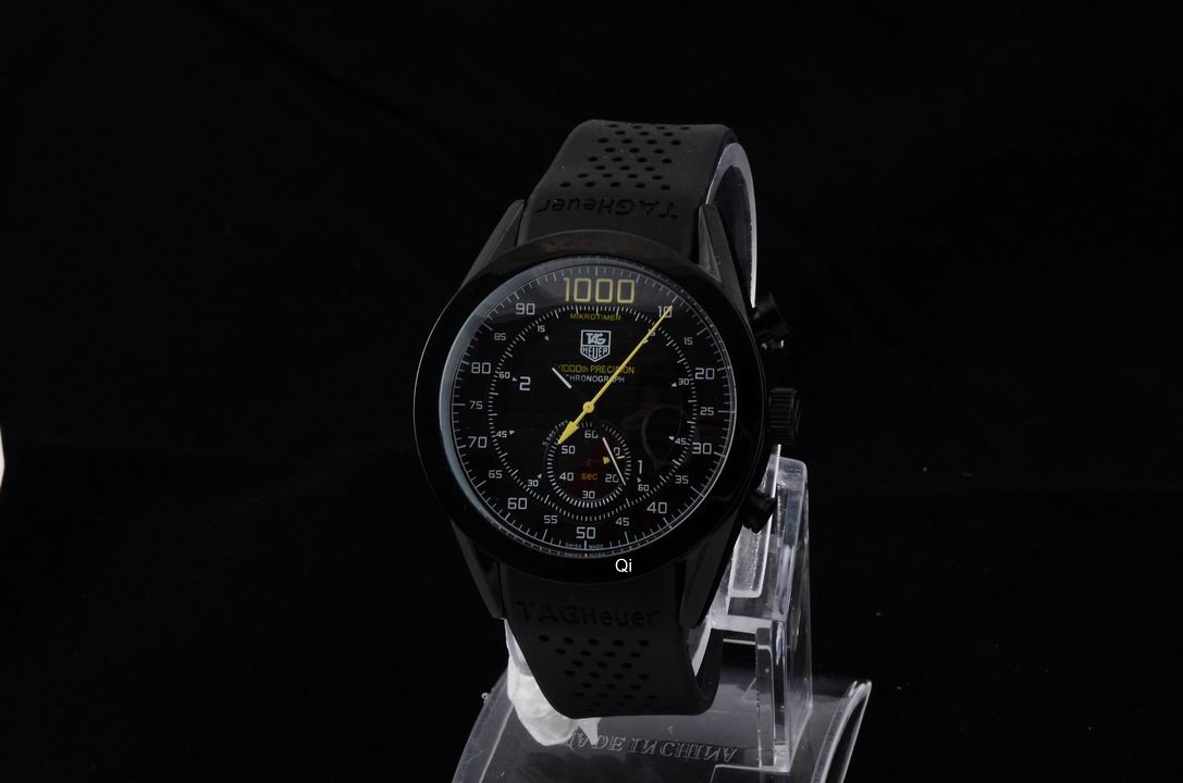 TAG Heuer Watch 698