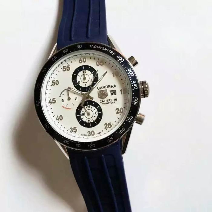 TAG Heuer Watch 700