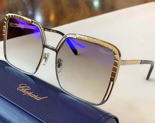 CHOPARD Sunglasses 152