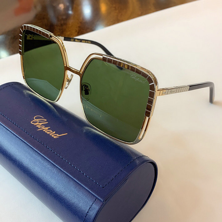 CHOPARD Sunglasses 157