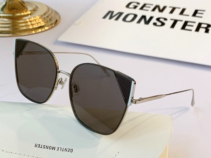 Gentle Monster Sunglasses 157