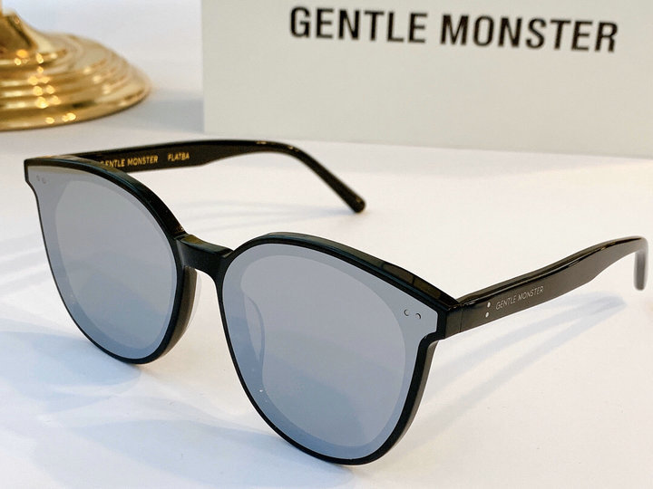 Gentle Monster Sunglasses 200