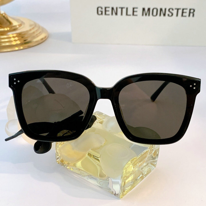 Gentle Monster Sunglasses 203
