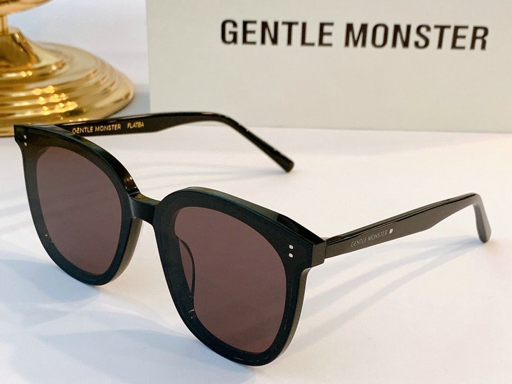 Gentle Monster Sunglasses 210