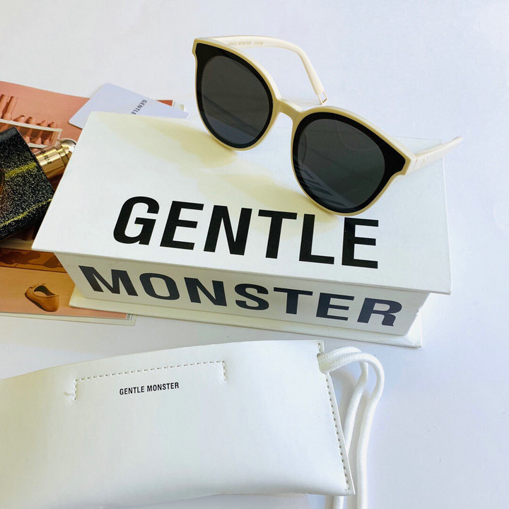Gentle Monster Sunglasses 325