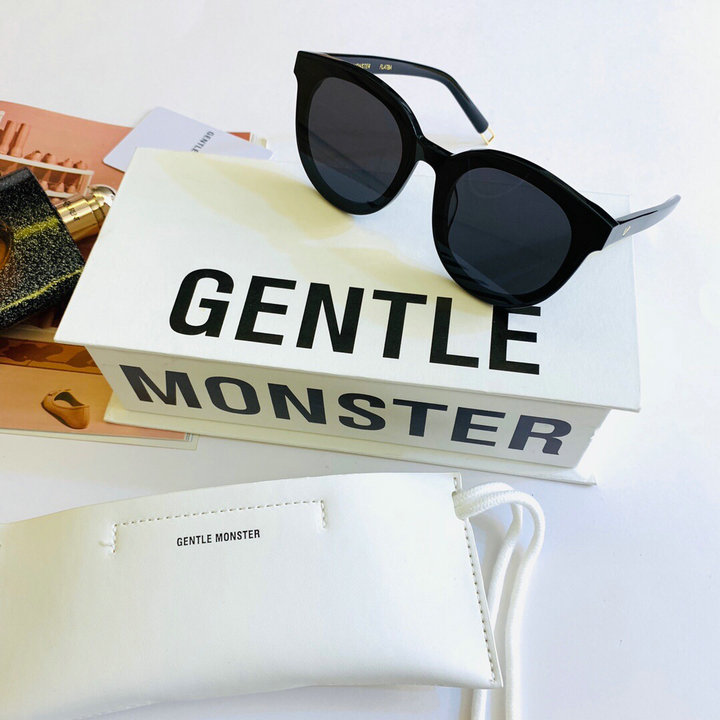 Gentle Monster Sunglasses 326