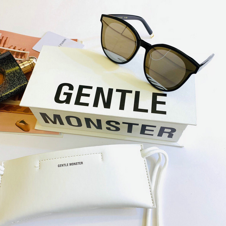 Gentle Monster Sunglasses 327