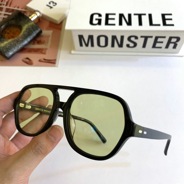 Gentle Monster Sunglasses 335