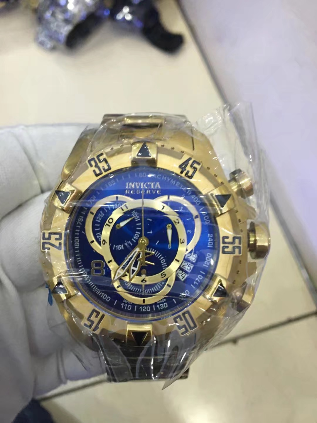 INVICTA Watch 35
