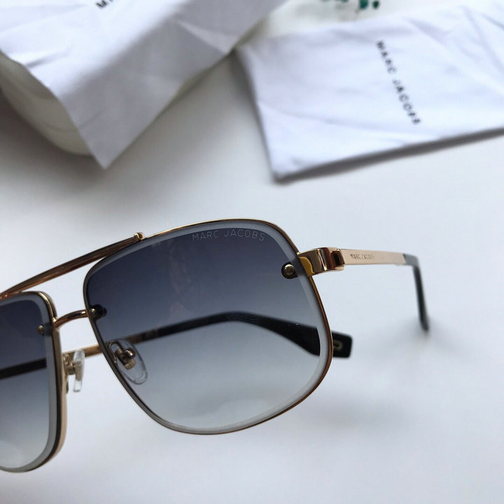 Marc Jacobs Sunglasses 102