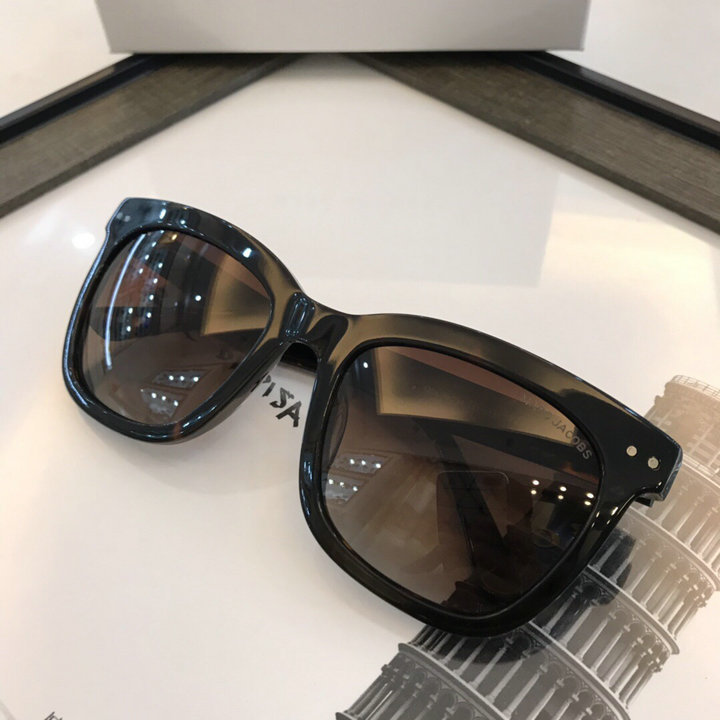 Marc Jacobs Sunglasses 109