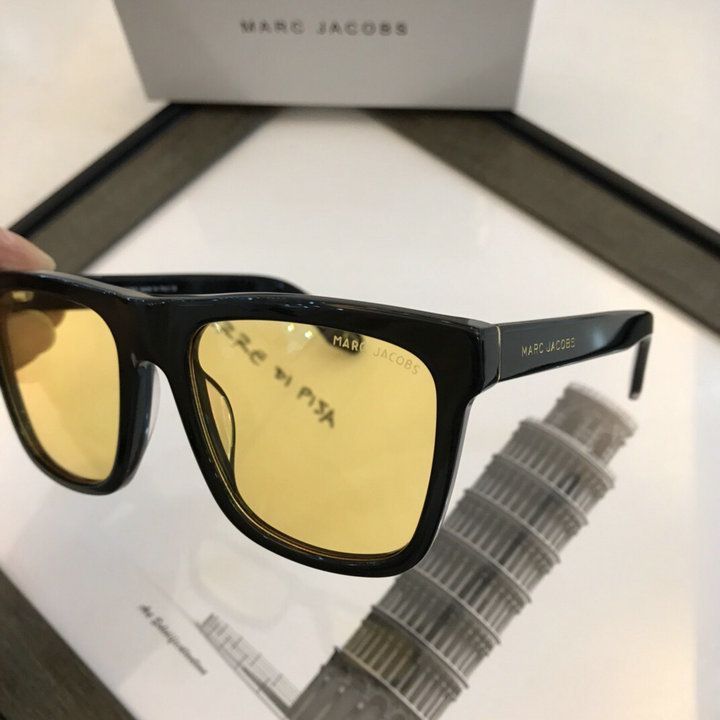Marc Jacobs Sunglasses 62