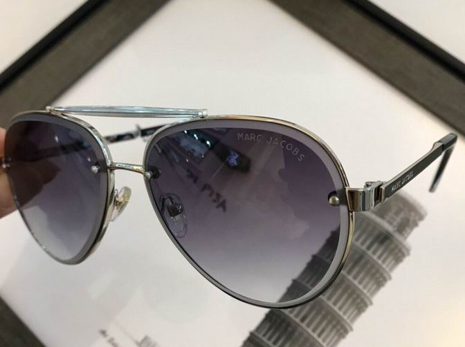 Marc Jacobs Sunglasses 69