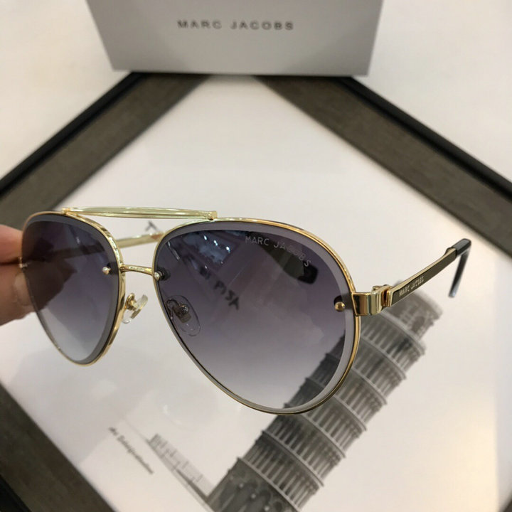Marc Jacobs Sunglasses 70