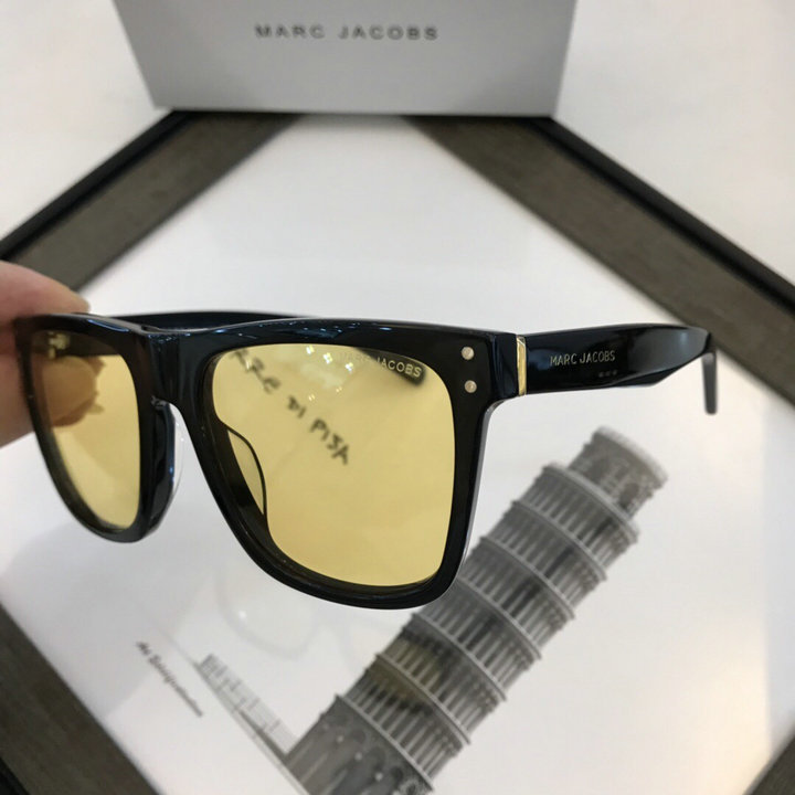 Marc Jacobs Sunglasses 82