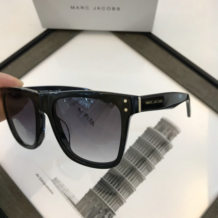 Marc Jacobs Sunglasses 84